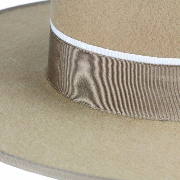 Filzhut zum Reiten in Beige mit Hutband bei Picadera