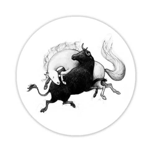 Runder Sticker mit Andalusier & Stier aus Vinyl von Picadera