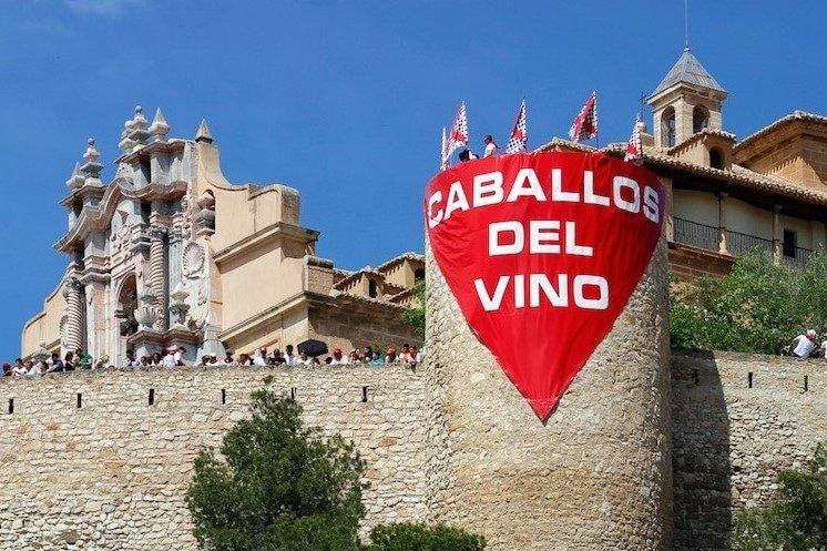 Banner auf Burg Caballos del Vino Blog bei Picadera